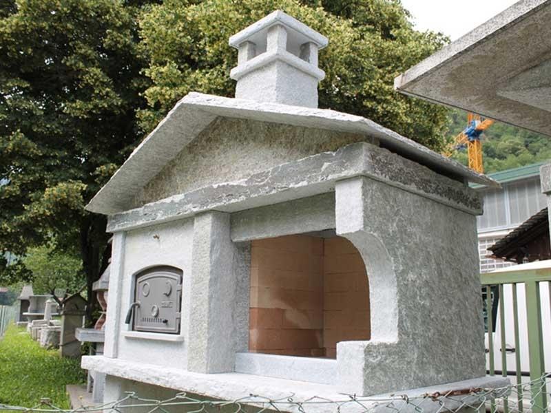 Caminetti da esterno varallo vercelli dealberto graniti - Prefabbricati da giardino ...
